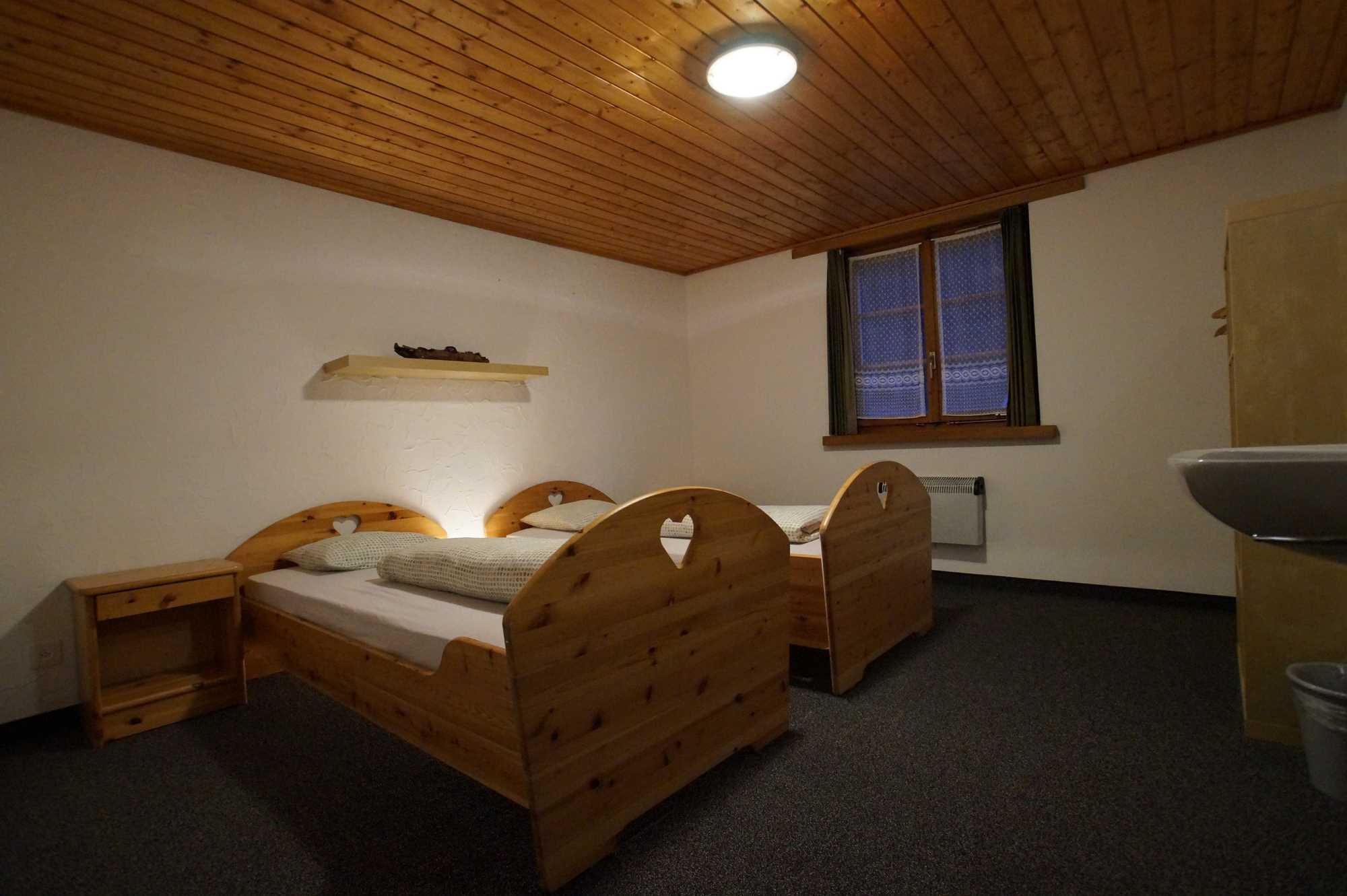 Einzelzimmer3